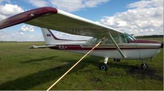 Самолет Cessna-172K